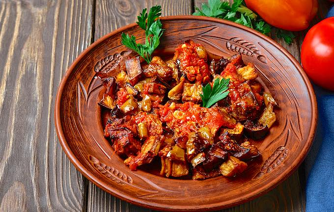 Easy Turkish Eggplant Stew with Fresh Tomatoes