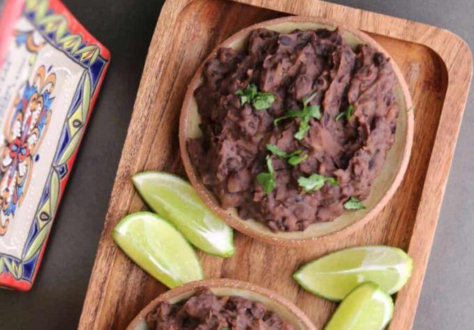 Vegan refried black beans