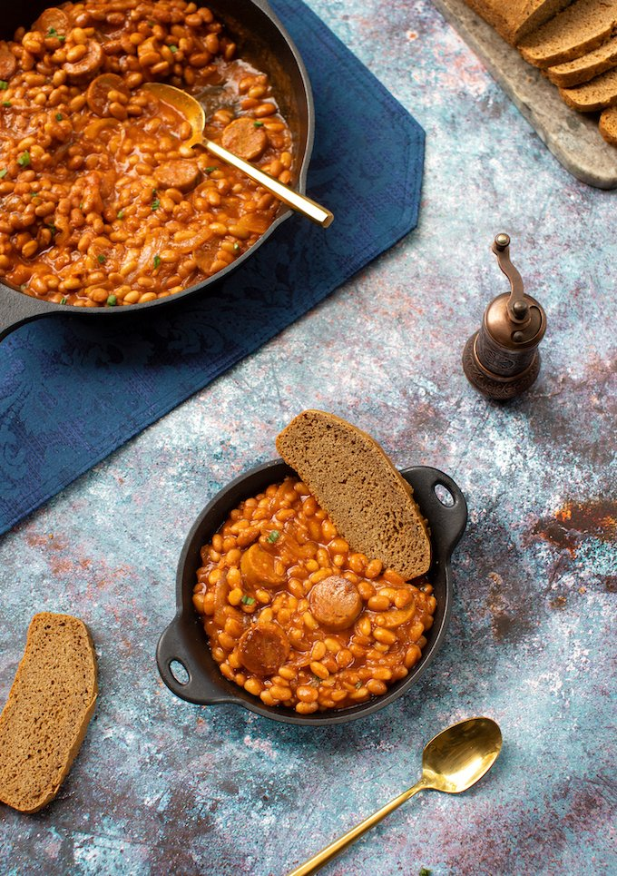 Skillet baked beans with vegan sausage recipe