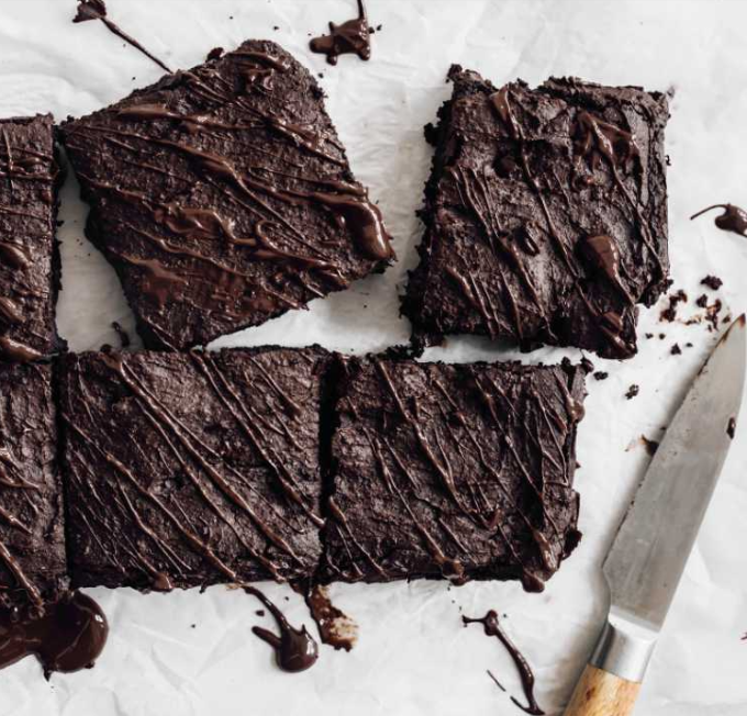 Vegan fudgy blackout brownies