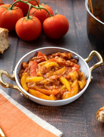 Hungarian lecso (bell pepper and tomato stew)